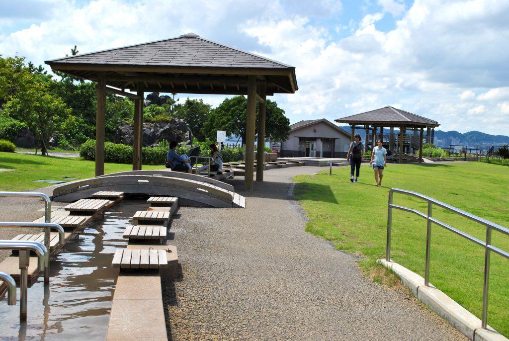 桜島 溶岩なぎさ公園足湯 鹿児島県観光サイト/かごしまの旅